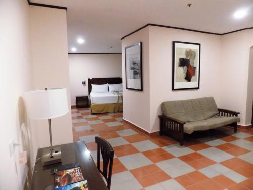 master-suite-San-Fco